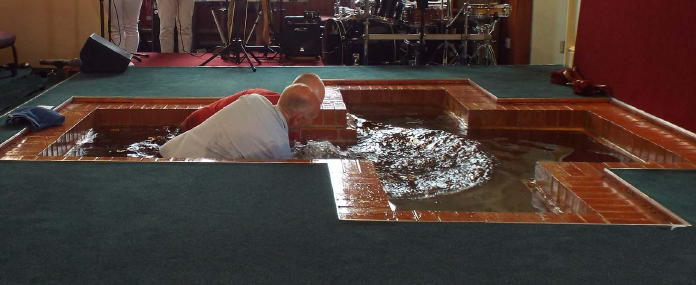 A Baptism at Swallownest Baptist Church